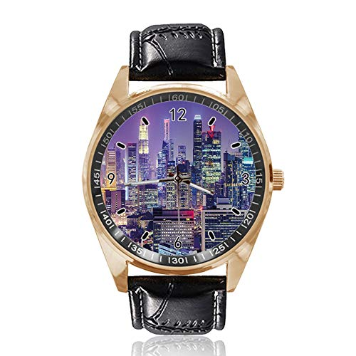 at Night with Skyscrapers Custom Design Armbanduhr Analog Quarz Gold Zifferblatt Klassische Lederband Damen Herren Armbanduhr von Ericos