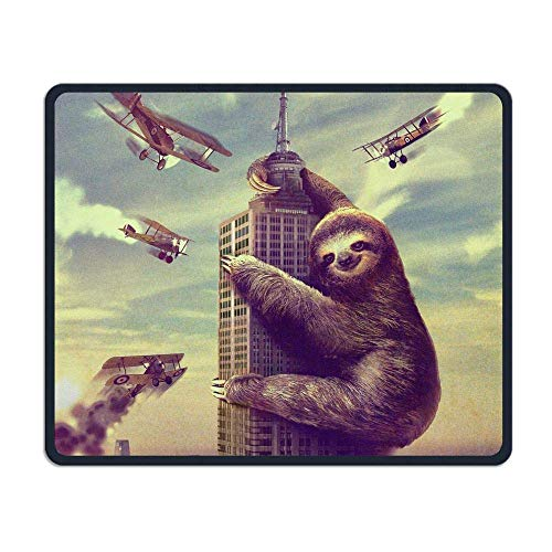 Sloth Attacking New York Gaming Mouse Pad Custom Design Non-Slip Rubber Mouse Mat for Desk,Laptop von Nizefuture
